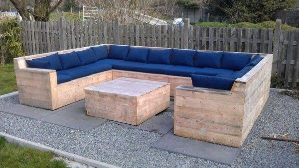 outdoor-pallet-sofas