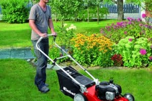 Einhell 3404585 Self Propelled Petrol Lawnmower with a Briggs and Stratton Engine lawn