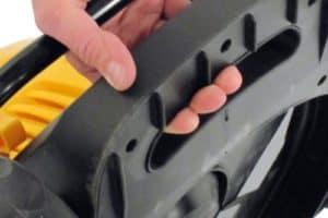 Evopower EVO1536Li Cordless Battery Powered Lawn Mower handle