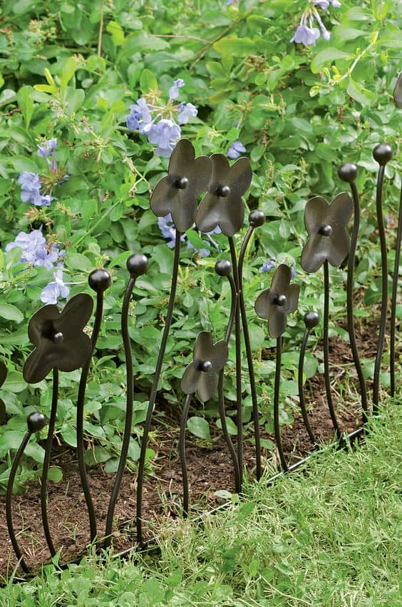mini flower fence edging