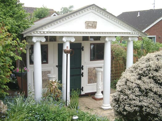 roman-themed-shed