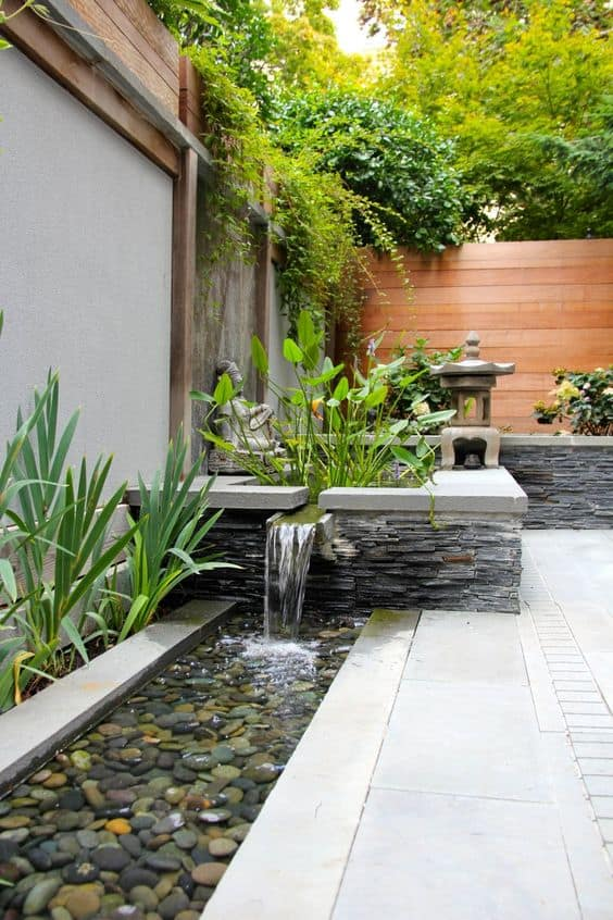 stone waterfall edging idea