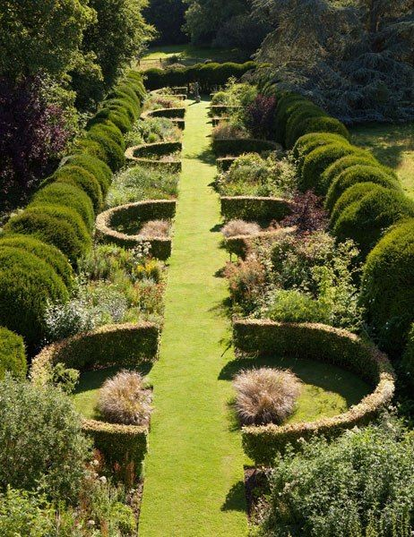 traditional english garden edging ideas