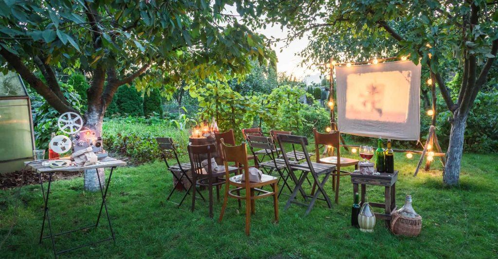 diy-garden-cinema-featured