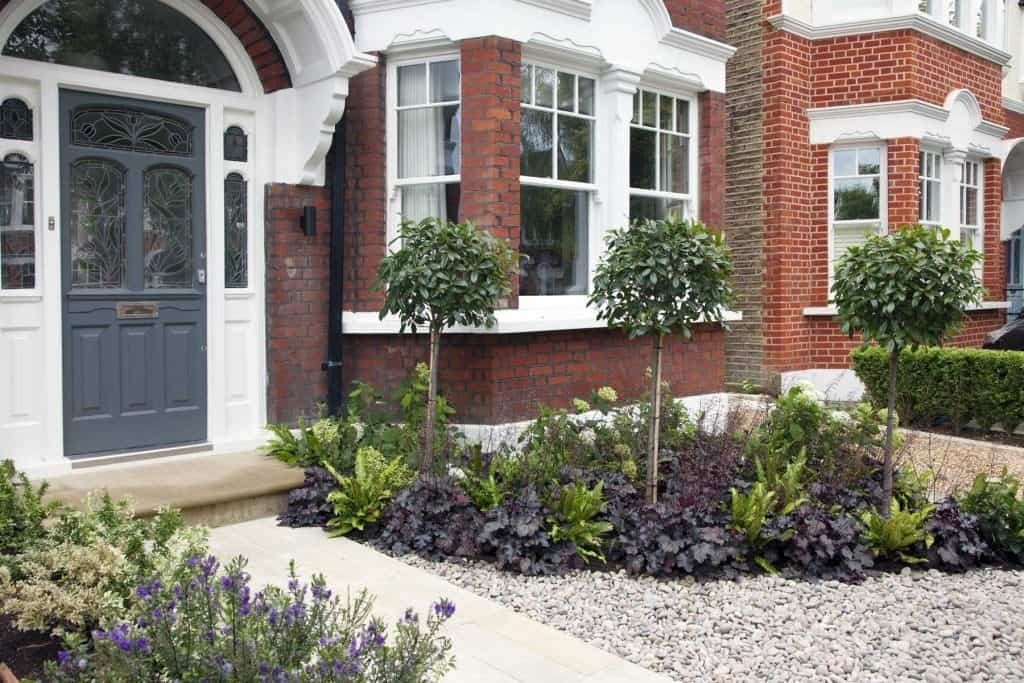 30 Creative Front Garden Ideas That'll Inspire You | DIY ...