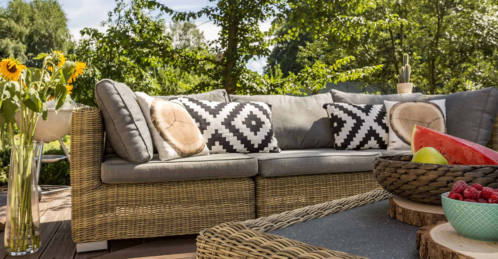 10 Best Garden Furniture Covers UK (Oct 10 Review)