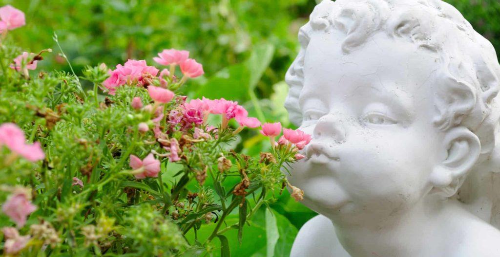 best-garden-statues