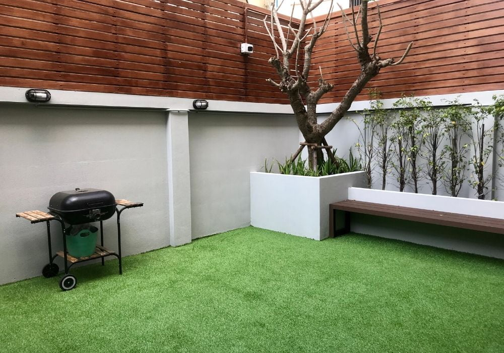 artificial-grass-benefit-increases-property-value