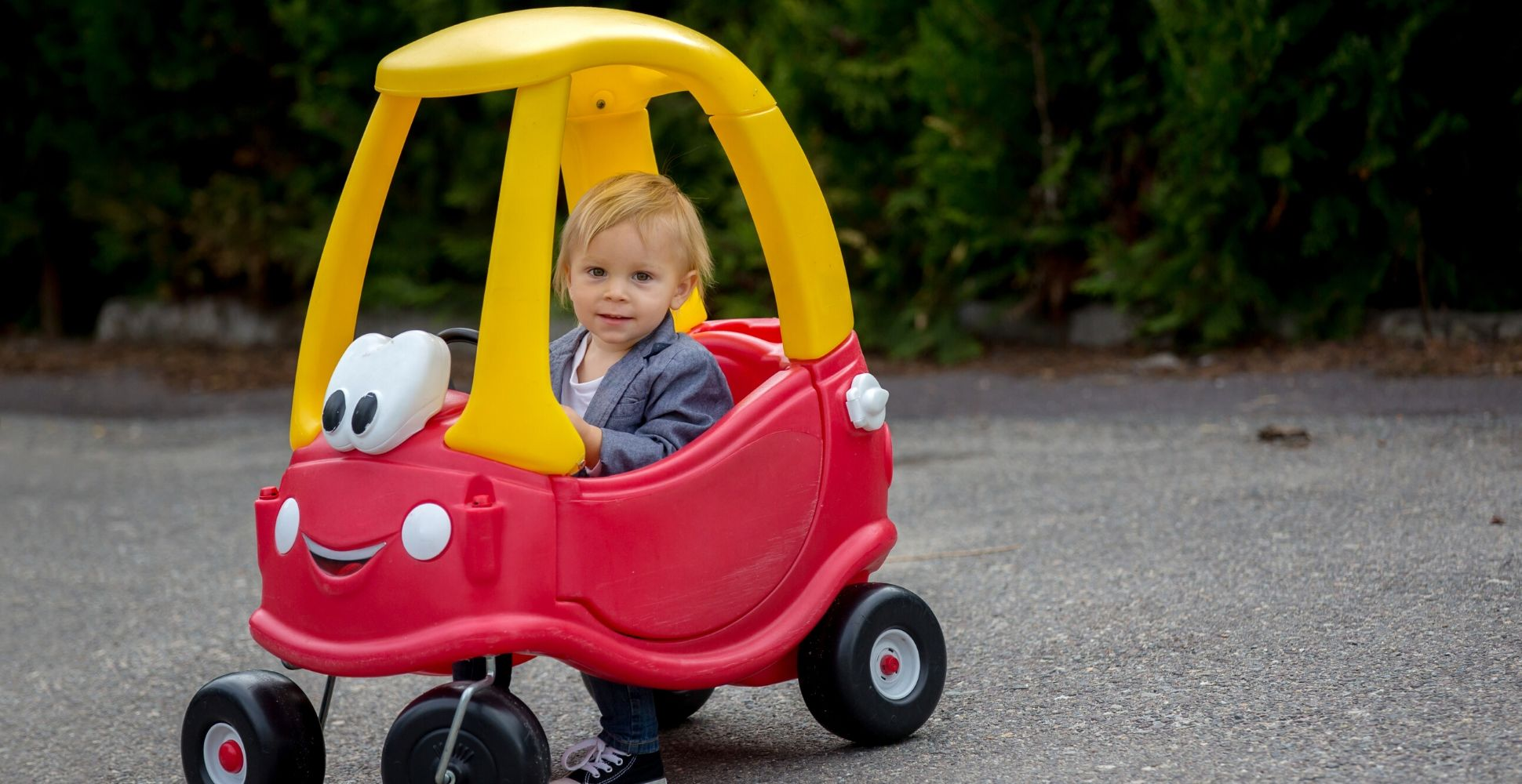best-manual-ride-on-car-for-kids