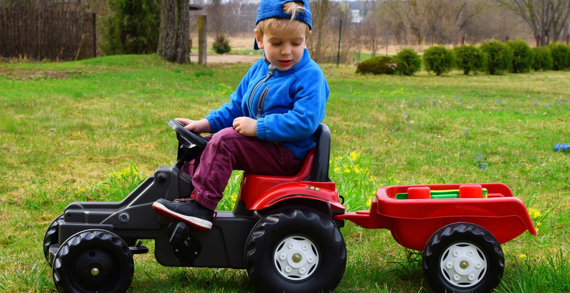 best-ride-on-tractor-for-kids-toddlers