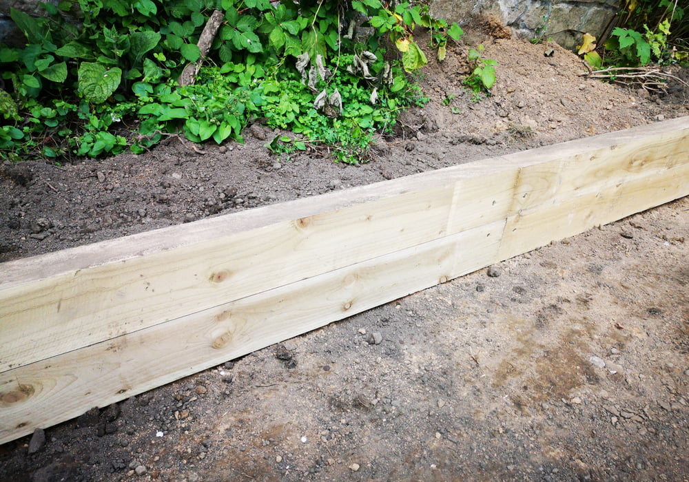 garden-sleeper-edging