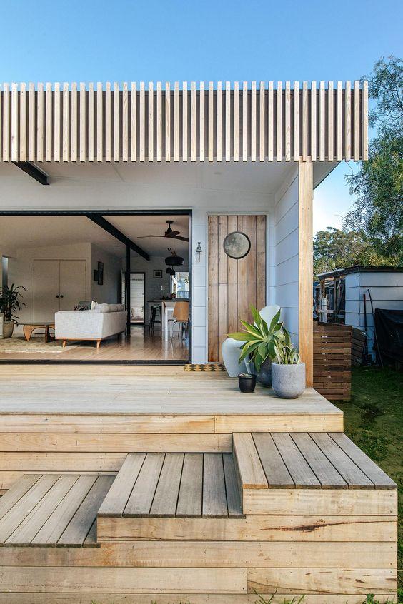 22. Garden Decking With Steps