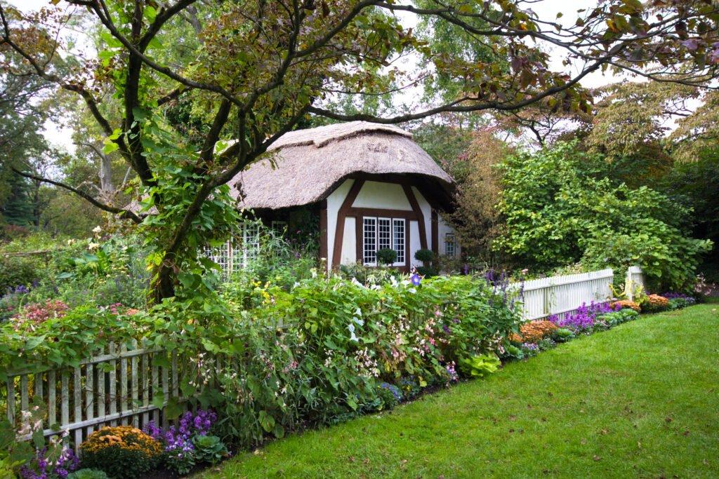 30. Cottage Garden Fence