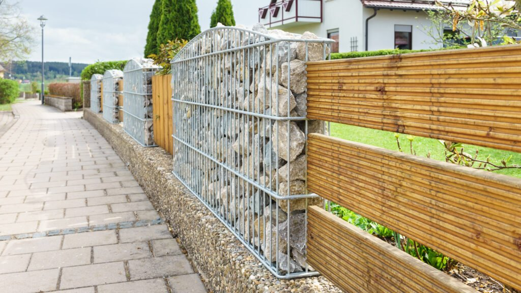 8. Garden Fence Design