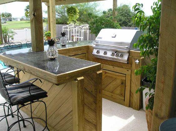 14. Garden Kitchen Bar