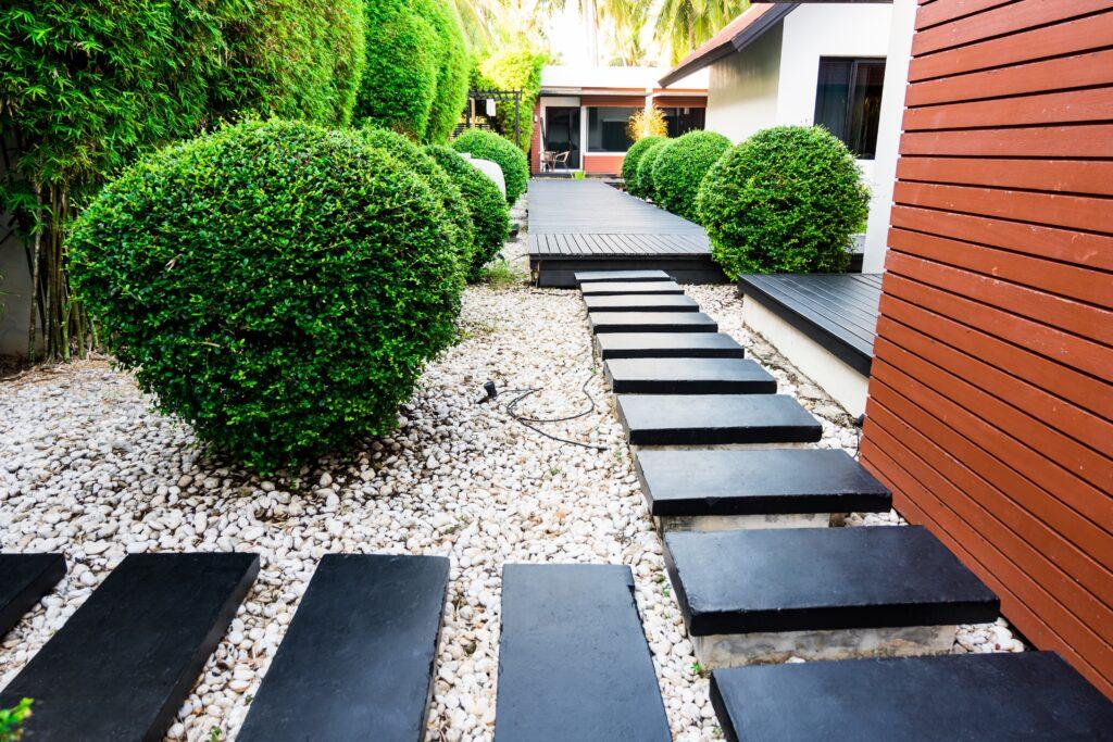 27. Straight Garden Path