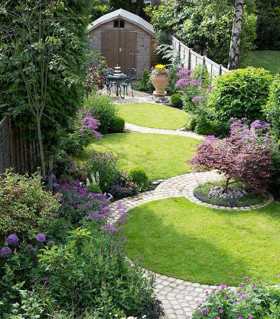 32. Curved Garden Path