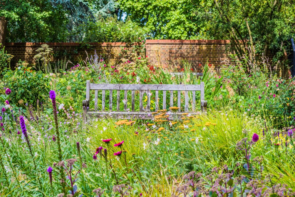9. Large Garden Landscaping