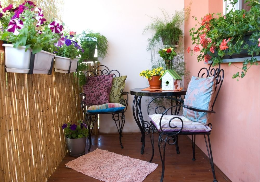 balcony-garden-flowers