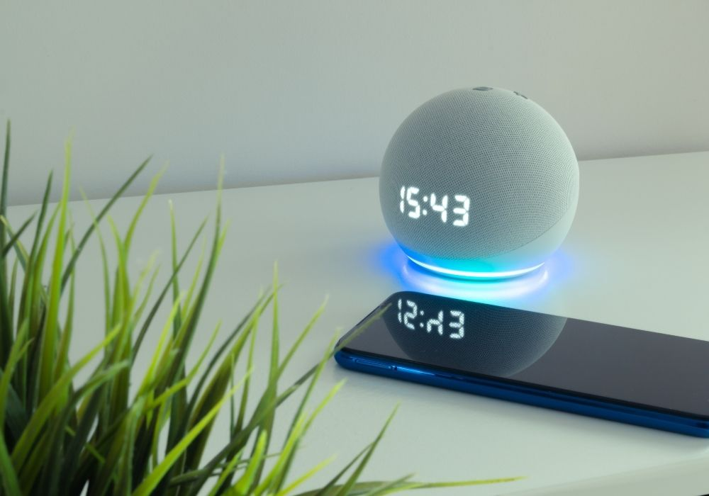 voice-controlled-speaker