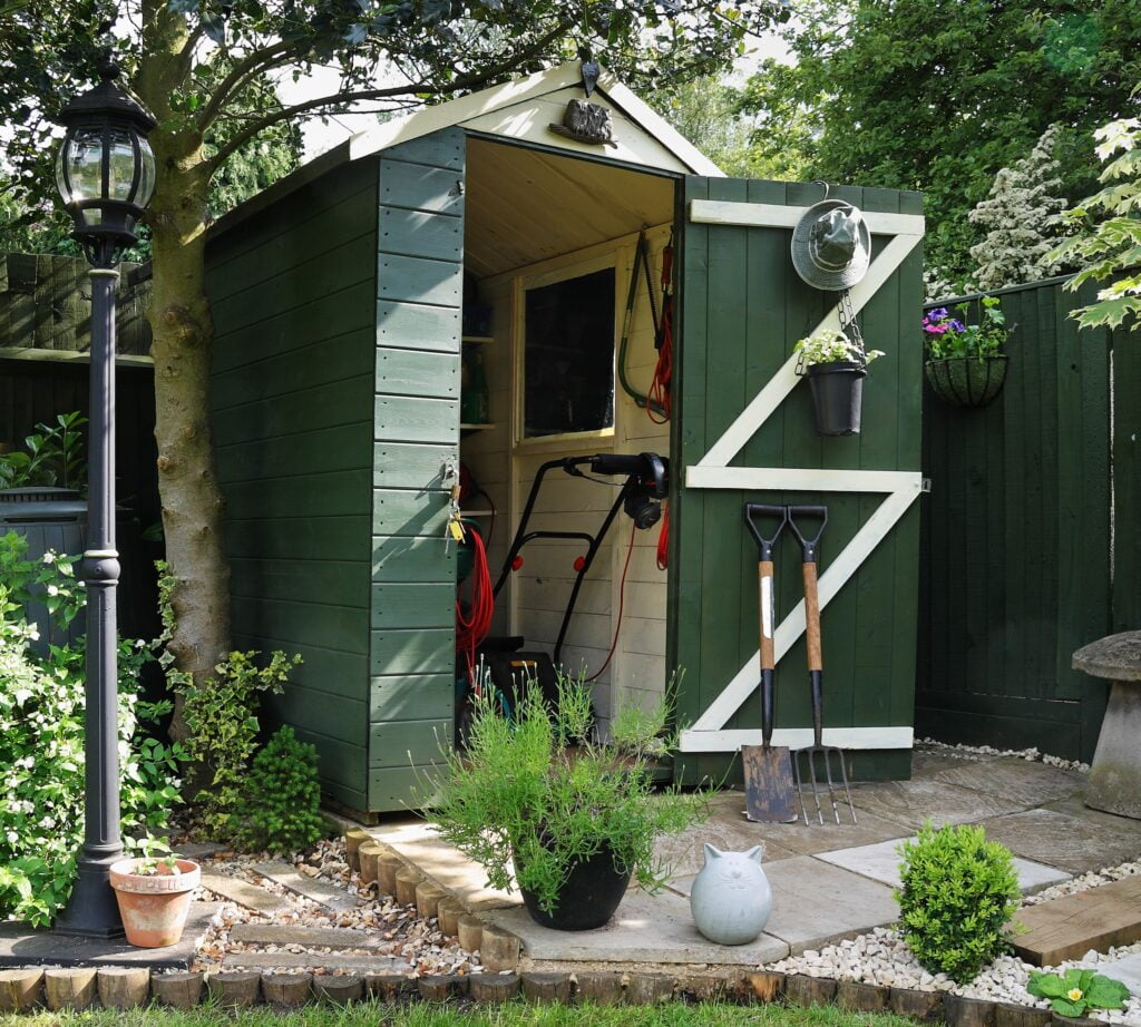garden-shed-tools-storage