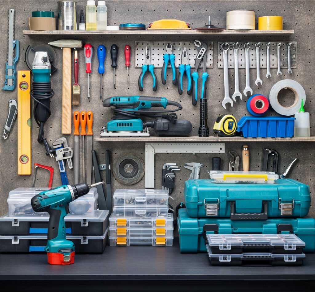 organised-garage-diy-tools