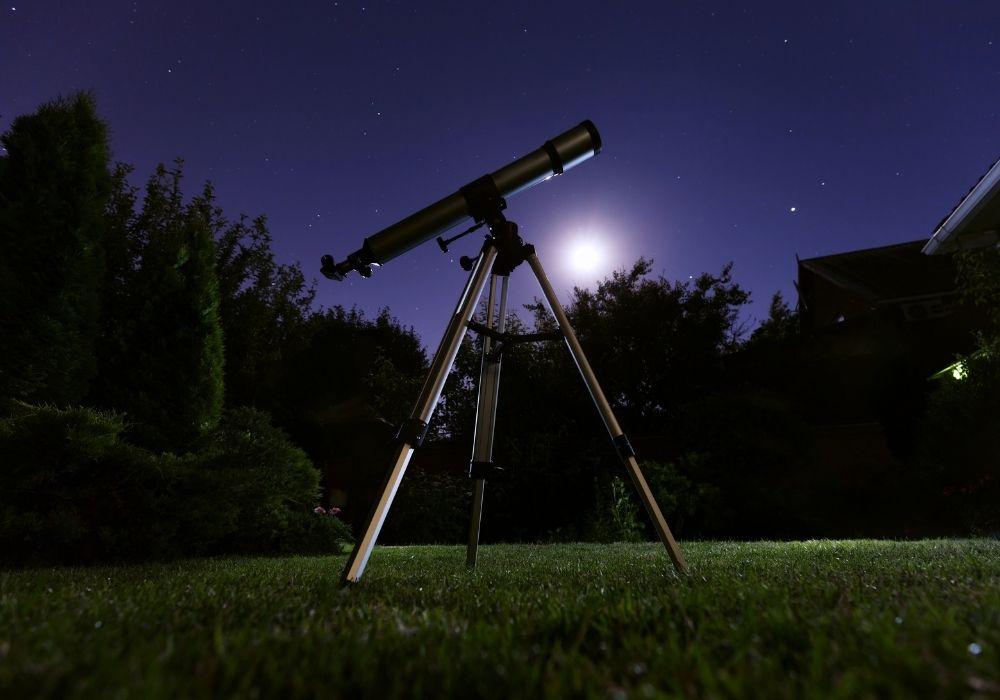backyard-astronomy-garden-telescope