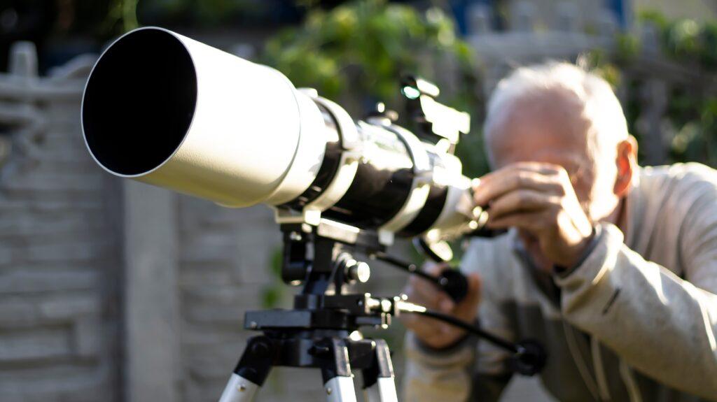 backyard-astronomy-telescope